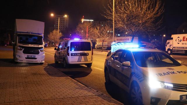 Kayseride ehliyetsiz ve alkollü sürücü polisten kaçamadı