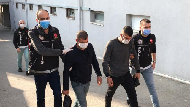 Adanada uyuşturucu satıcılarına operasyon: 5 şüpheliden 3ü tutuklandı