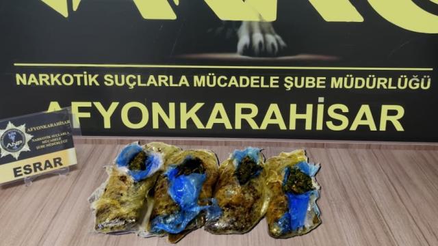 Afyonkarahisarda uyuşturucu operasyonu: 2 zanlı yakalandı