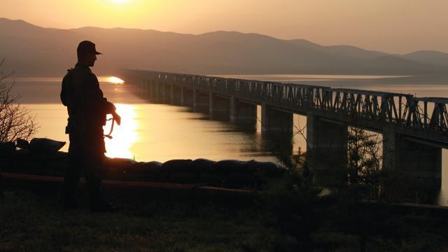 Yunanistan sınırında FETÖ ve PKK üyeleri yakalandı