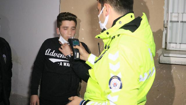 Kısıtlamada polisten kaçan alkollü sürücü: Eve geç kalıyordum