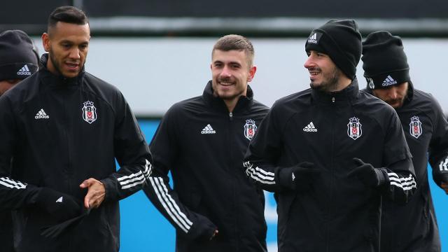 Beşiktaşa iki oyuncudan iyi haber
