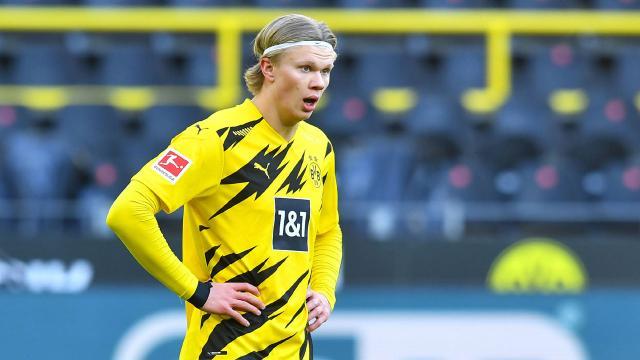 Borussia Dortmund sahasında berabere kaldı