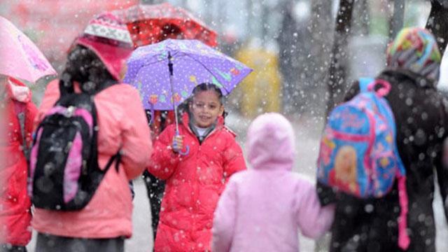 Hangi illerde okullar tatil edildi? Kar tatili uygulanacak iller... Yüz yüze eğitime kar engeli...