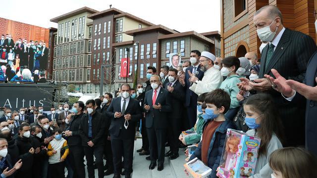 Cumhurbaşkanı Erdoğan Rizede cami açılışına katıldı