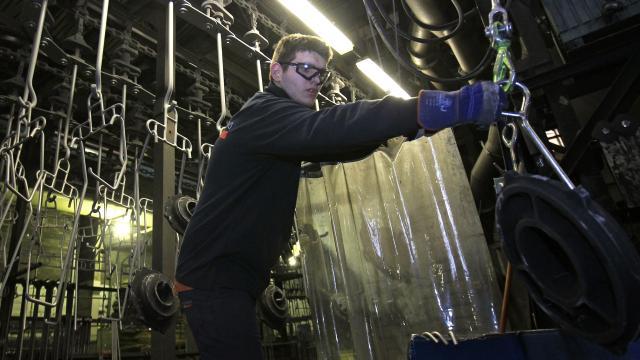 AB sanayi üretim verileri açıklandı: Geçen yılki düşüş yüzde 8