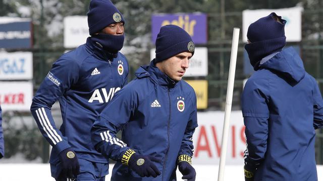 Fenerbahçede Dimitris Pelkas geri döndü