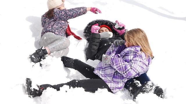 İstanbulda yüz yüze eğitime kar engeli