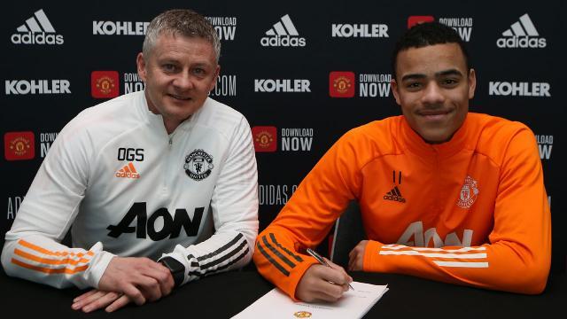 Manchester United Mason Greenwoodun sözleşmesini uzattı