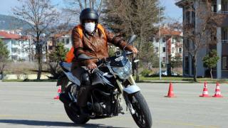 70 yaşında motosiklet hayalini gerçekleştirdi
