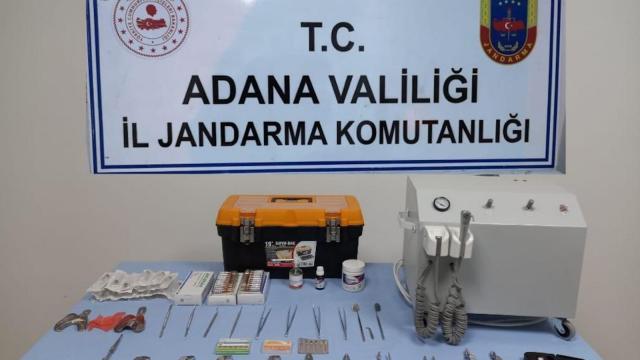 Adanada ruhsatsız diş muayenehanesi işleten şüpheli yakalandı