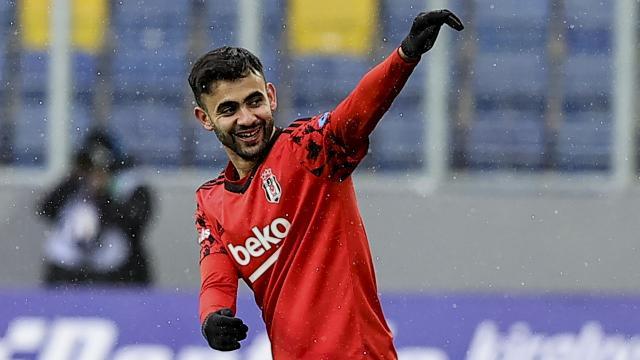 Beşiktaş Rachid Ghezzal için temaslarını sürdürüyor