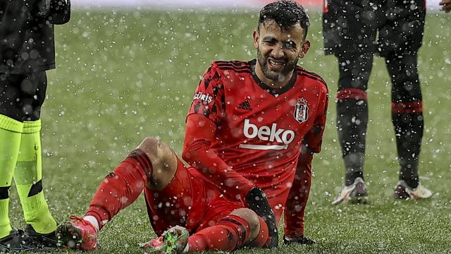 Beşiktaşta Rachid Ghezzal sakatlandı
