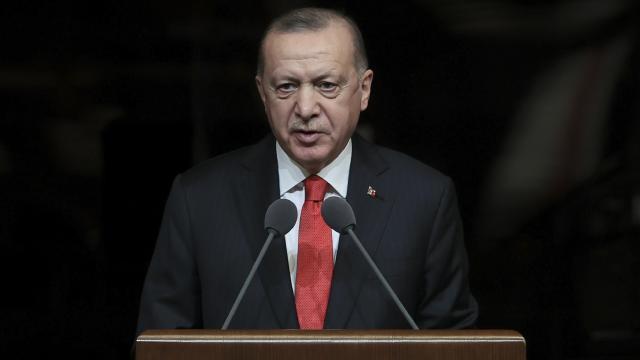 Cumhurbaşkanı Erdoğan: Vatanı önce dil sonra ordu bekler