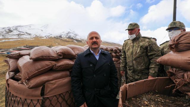 Ağrı Valisi Osman Varol Türkiye-İran sınır hattını inceledi: