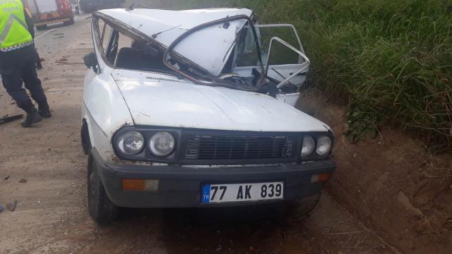 Manisada kamyonetle çarpışan otomobilin sürücüsü öldü