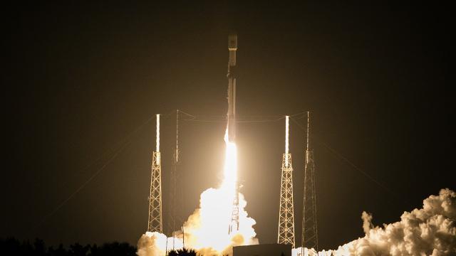 SpaceXin sivil astonotları yola çıkmaya hazırlanıyor