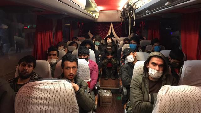 Ankarada 35 düzensiz göçmen yakalandı