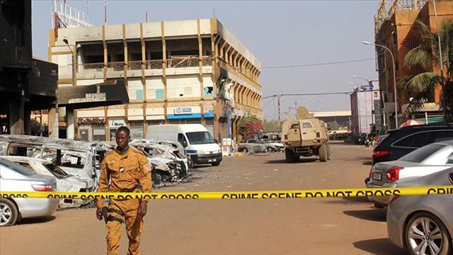 Burkina Fasoda polis ekibine silahlı saldırı: 11 polis öldü