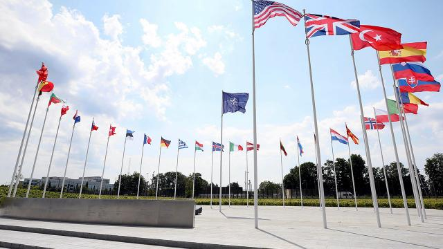 Türk-Yunan heyetleri NATO Karargahında bir araya geldi