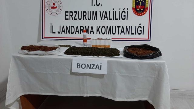 Erzurumda uyuşturucu operasyonlarında yakalanan 3 zanlı tutuklandı