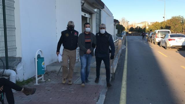 Adana merkezli 11 ilde FETÖ/PDYye yönelik soruşturmada 13 şüpheli hakkında gözaltı kararı verildi
