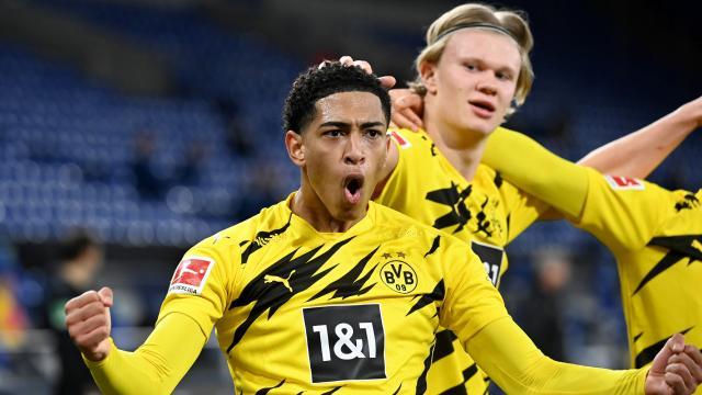 Borussia Dortmunddan deplasmanda 4 gol
