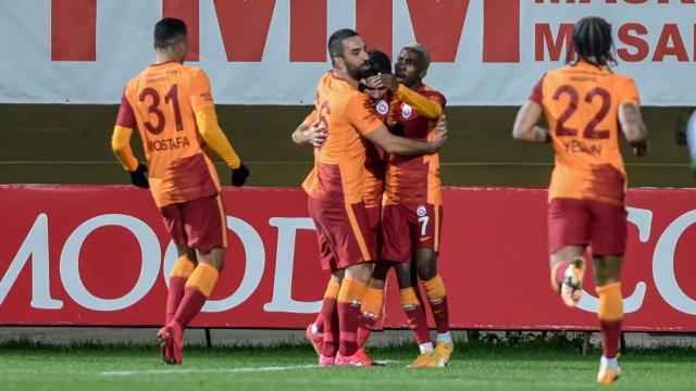 Galatasarayda yüzler gülüyor