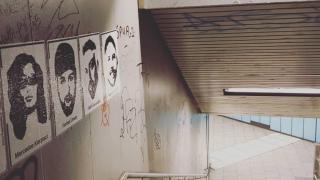 Hanau kurbanlarının posterine de saldırdılar
