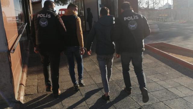 Kahramanmaraşta havaya ateş eden 2 şüpheli tutuklandı