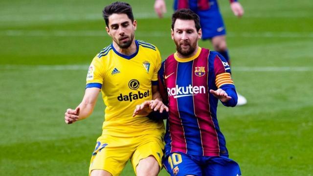 Lionel Messi Barcelonaya yetmedi