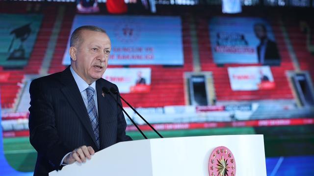 Cumhurbaşkanı Erdoğan: İzmirde 5 bin konutu hak sahiplerine teslim edeceğiz