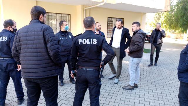 Adanada zorla senet imzalattırdığı öne sürülen 4 kişi yakalandı