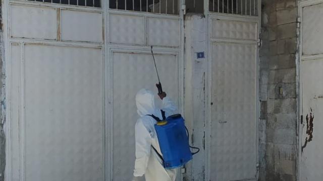 Nizipte karantinadaki evler dezenfekte edildi