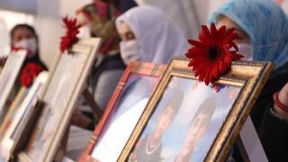 Diyarbakır anneleri oturma eylemini kararlılıkla sürdürüyor