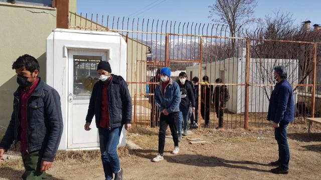 Erzincanda 10 düzensiz göçmen yakalandı