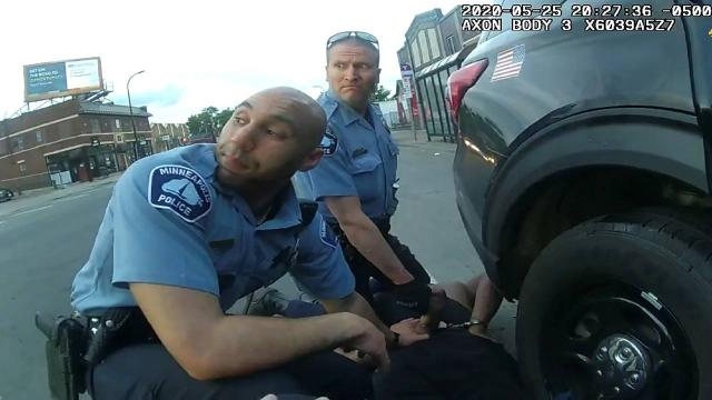 Floydun ölümüne neden olan eski polis ifade vermeyi reddetti