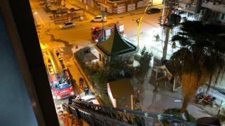 Mardin'de yanan otelin penceresinden atlayan kişi yaralandı