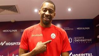 Galatasaray, Jordan Crawford'u renklerine bağladı