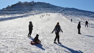 'Güneydoğu'nun Uludağı' sezonun son kayakçılarını ağırlıyor