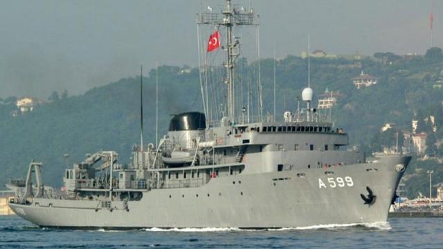Egede Türk gemisine Yunan tacizi