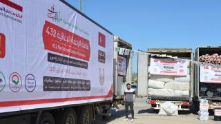 Şanlıurfa'dan Barış Pınarı Harekatı bölgesine 28 tır insani yardım gönderildi