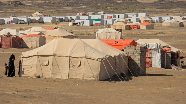 Yemenin Marib şehrinde 1500den fazla aile yerinden oldu