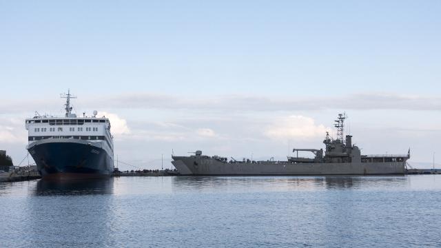 Yunan donanmasında COVID-19 karantinası