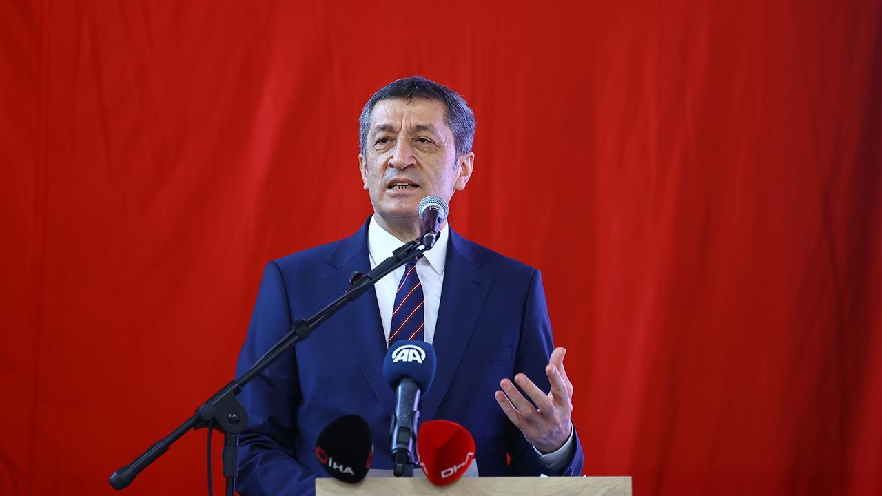 Milli Eğitim Bakanı Selçuk: Okullarımızı peyderpey açma kararlılığımız devam ediyor