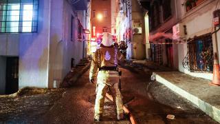 Beyoğlu'nda binada yangın: 1 yaralı