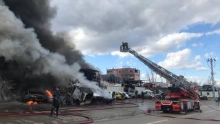 Bursa'da hurdalık yangını