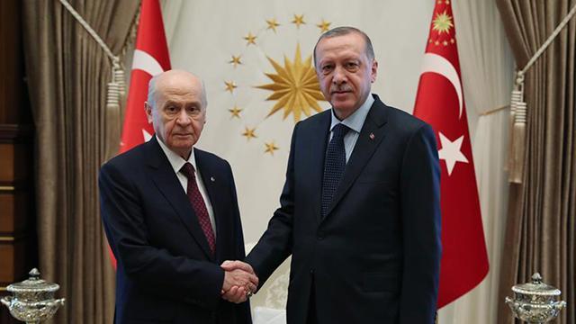 Cumhurbaşkanı Erdoğandan Bahçeliye tebrik telefonu