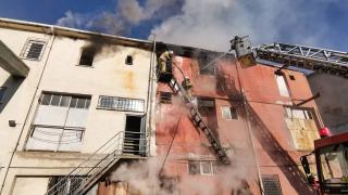 Esenyurt'taki sanayi sitesindeki yangın hasara neden oldu