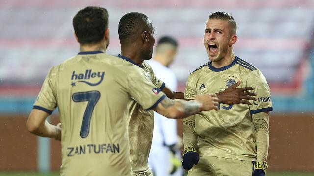 Pelkas attı Fenerbahçe kazandı